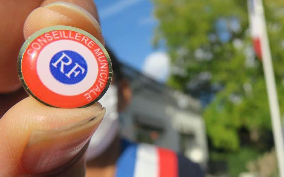 À Chaville, l'insigne des élus se décline au féminin